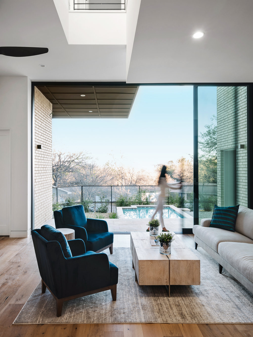 20 Allotted Space House by Matt Fajkus Architecture. Photo by Chase Daniel.jpg