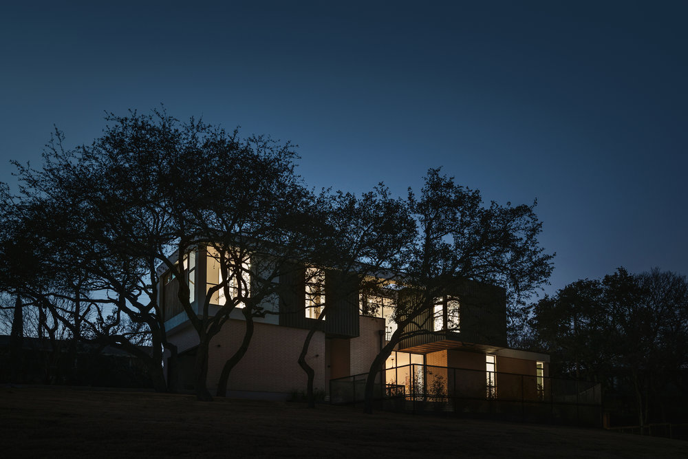 24 Allotted Space House by Matt Fajkus Architecture. Photo by Chase Daniel.jpg