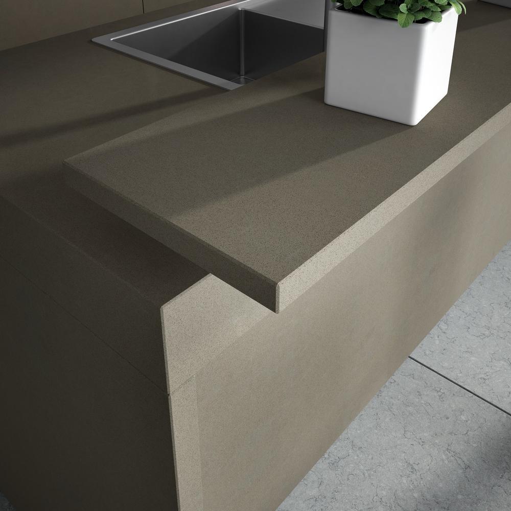 Comptoir cuisine quartz Silestone noka avec céramique grise