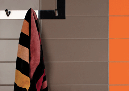 Céramique Lorraine brun chocolat orange salle de bain