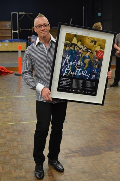 November 1 Opera Encore meet-up at SA Opera HQ in the suburb of Netley for the preview of Madama Butterfly. How lucky was Club Captain - Stu Blair in winning this framed Madama Butterfly print, signed by the entire cast!