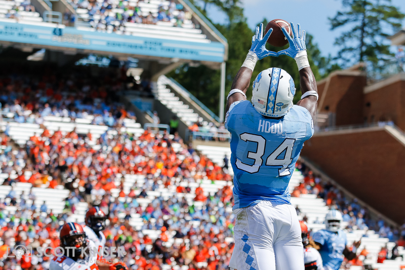 September 19, 2015: Elijah Hood (34) of the North Carolina Tar Heels stretches for the big first down catch in the NCAA football matchup between the Fighting Illini of Illinois and the North Carolina Tarheels at Kenan Memorial Stadium in Chapel Hill, NC. Scott Kinser/CSM