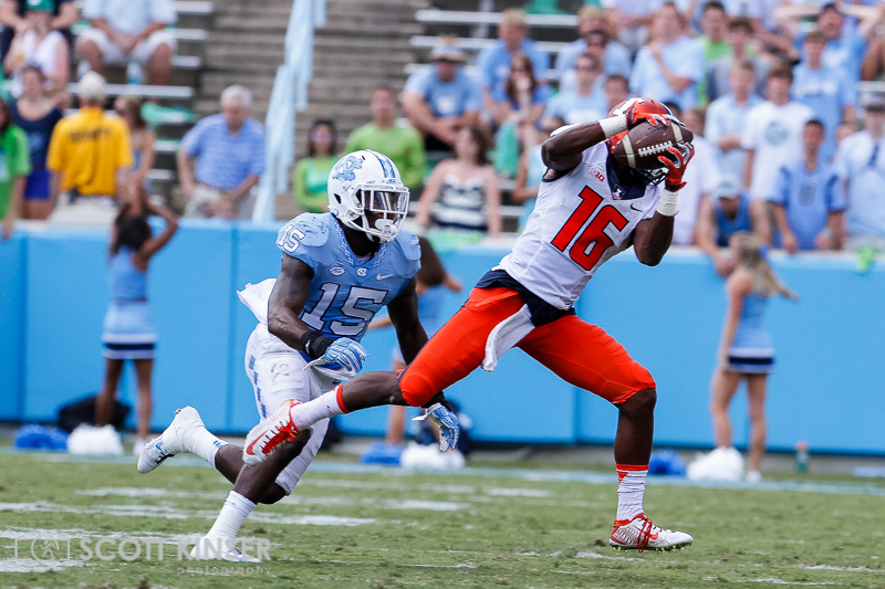 September 19, 2015: Marchie Murdock (16) of the Illinois Fighting Illini makes the grab for a big gain in the NCAA football matchup between the Fighting Illini of Illinois and the North Carolina Tarheels at Kenan Memorial Stadium in Chapel Hill, NC. Scott Kinser/CSM