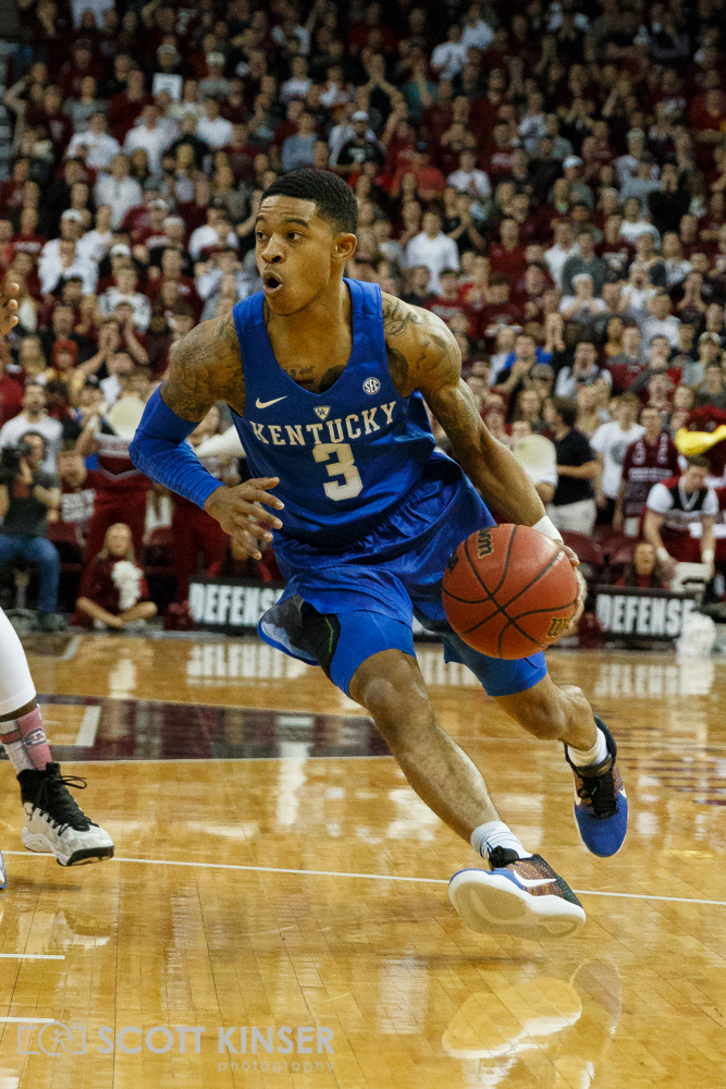 February 13, 2016: Kentucky Wildcats guard Tyler Ulis (3) drives to the basket in the NCAA Basketball match-up between the Kentucky Wildcats and the South Carolina Gamecocks at Colonial Life Arena in Columbia, SC. Scott Kinser/CSM