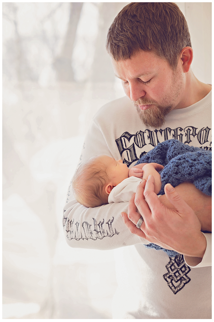 Mankato Area Photographer | Lifestyle Newborn Session | Intuition Design Photography