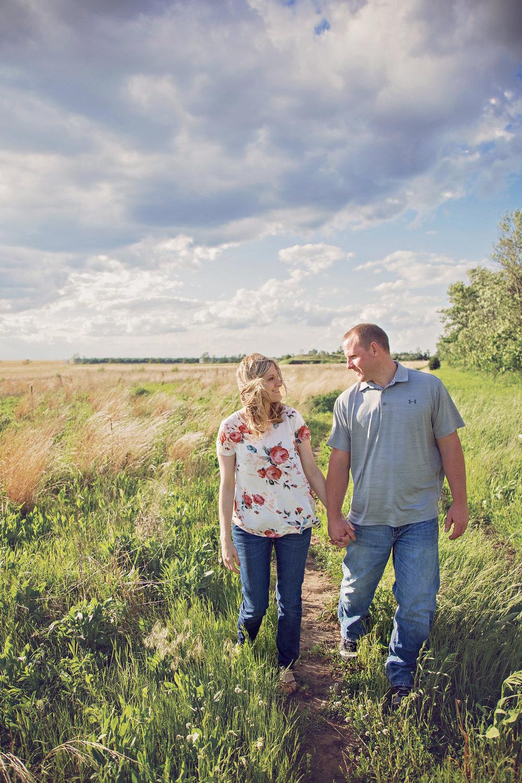 MankatoWeddingPhotographer-Sarah&Jeremy-LinnaeusArboretumGustatvus-ID Photography-22.JPG