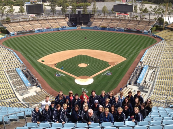 Wanderers Junior Hockey at Dodgers Stadium 2011