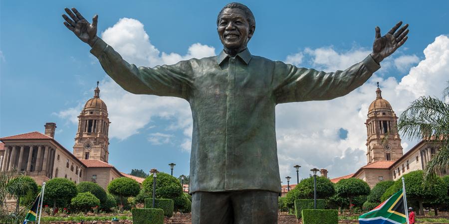 Pretoria-Mandela-Statue.jpg