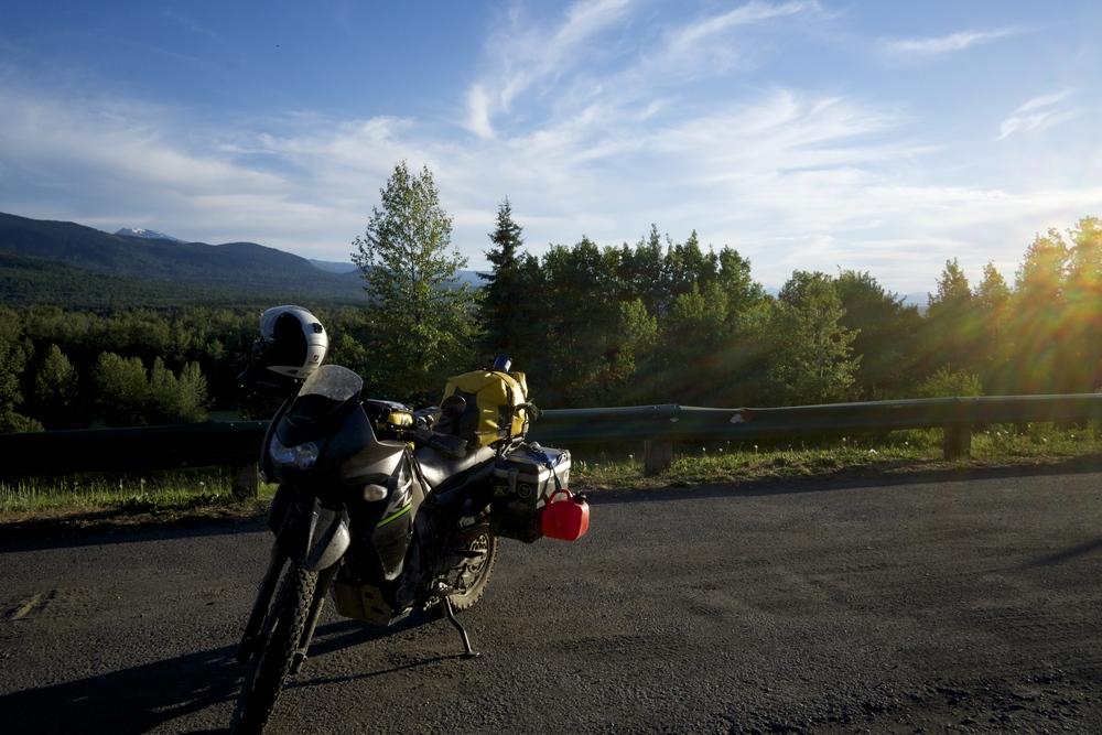 A deserted road between Canada and Alaska