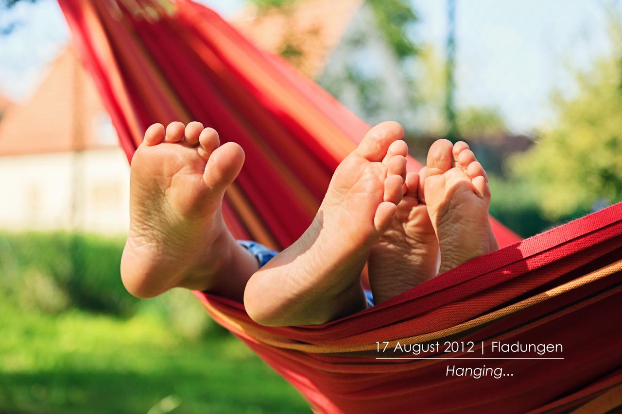 p366, take 230: Just hangin'…