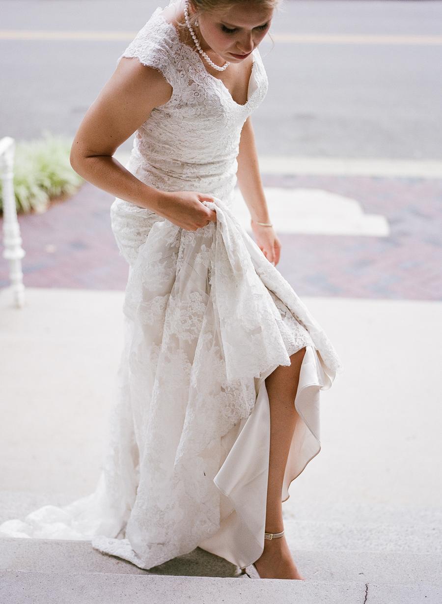 Nashville wedding photographer - timeless