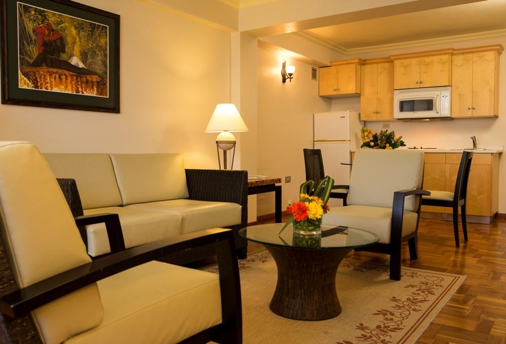 SUIK Living room 2.jpg