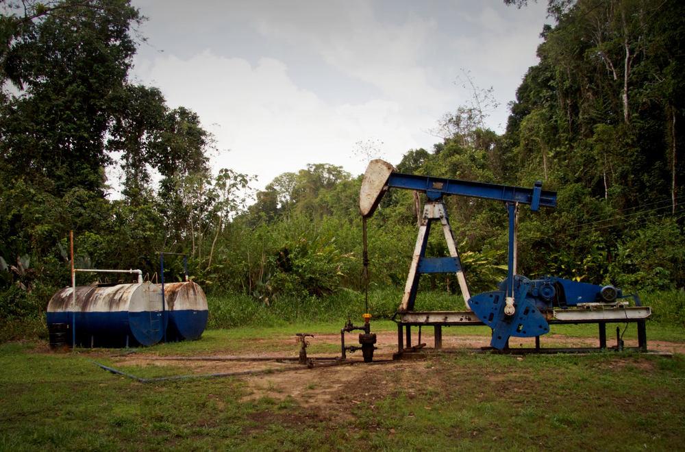 Petrotrin Oil Derrick