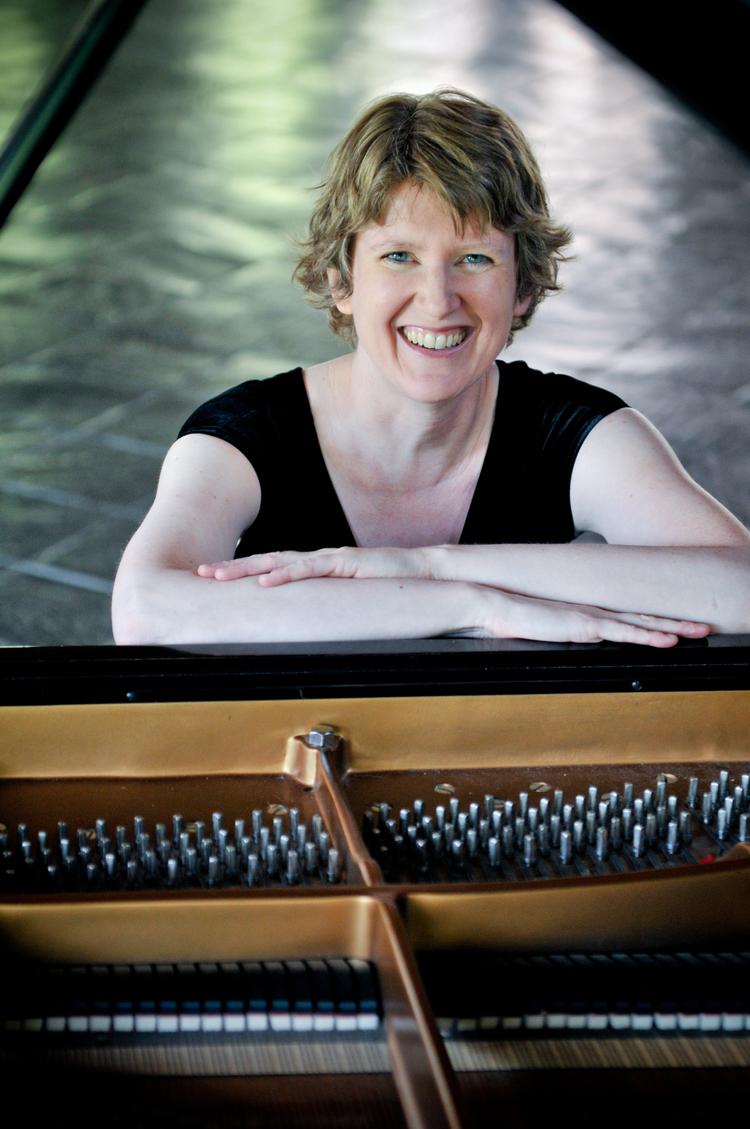 Teresa Sumpter, dedicatee of  immer weich