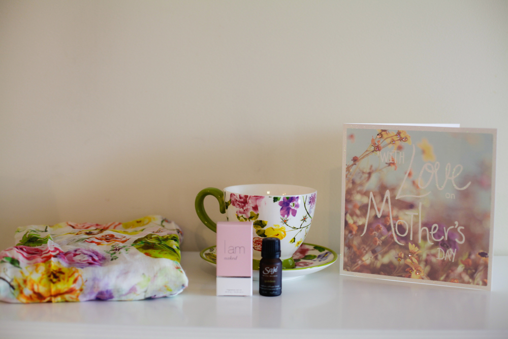 some treats from my loves. They know me so well and that I love all things floral! xox