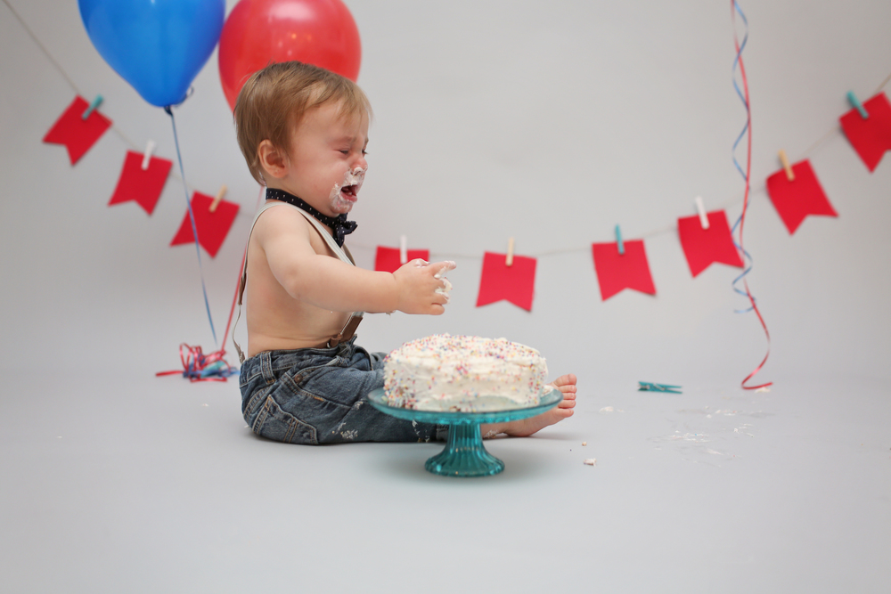 Ryder got over this cake fast..I think he prefers chocolate since at his party he ate his cake like a little piggie! (check out the post below)
