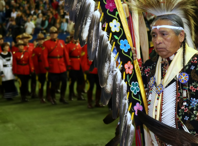 Aboriginal leader at the 13th Annual Canadian Aboriginal Festival (image -  Sandstein)