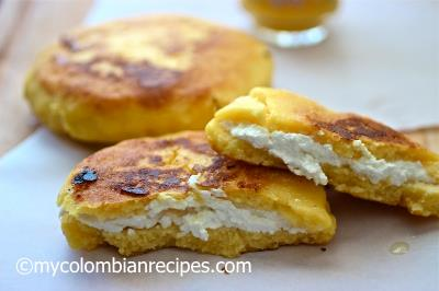 Image source:   http://www.mycolombianrecipes.com/arepa-boyacense-arepa-from-boyaca