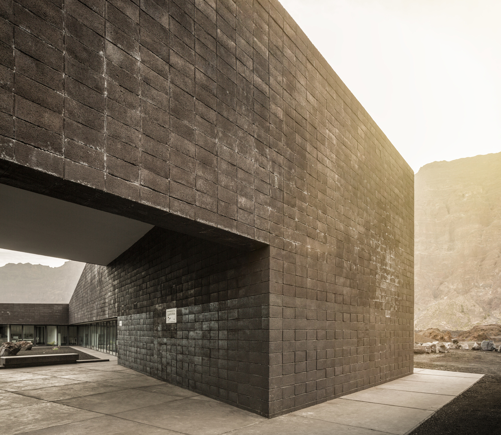 PNF Headquarters OTO Arquitectos