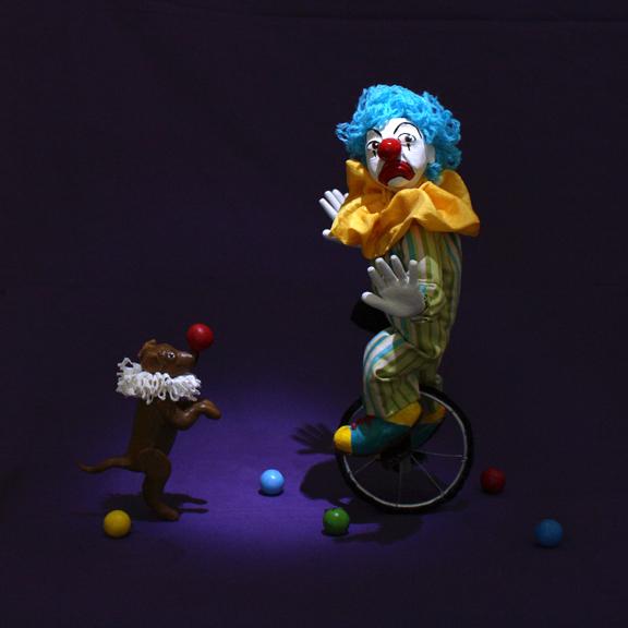 clown&dog_full.jpg