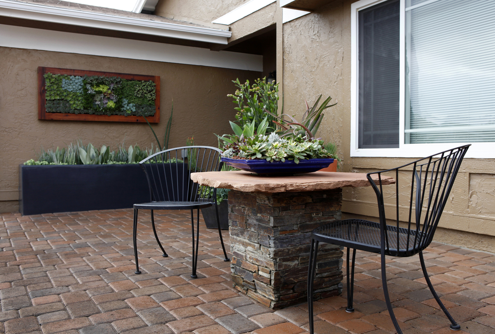 Singing gardens san diego 39 s landscape and garden designer for Front yard courtyard ideas