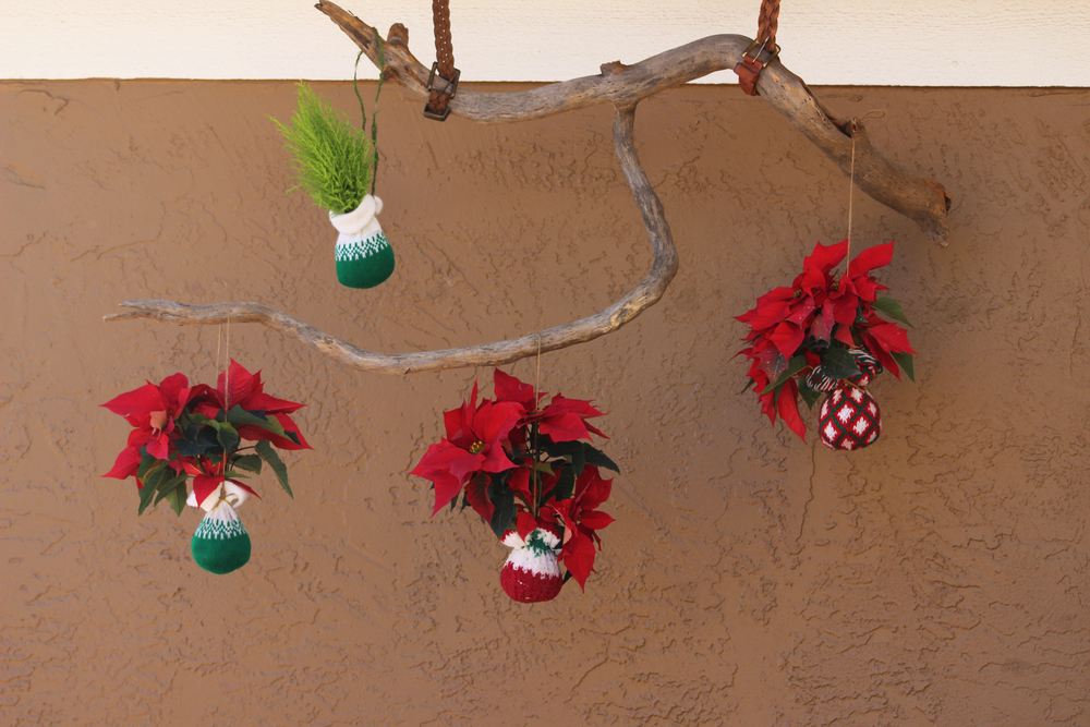 Hanging string garden holiday decor
