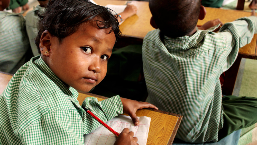 Multilingual education improves reading and learning. Learn More