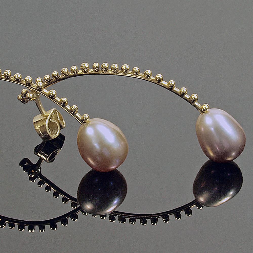 Scimitar Pearls 1.jpg