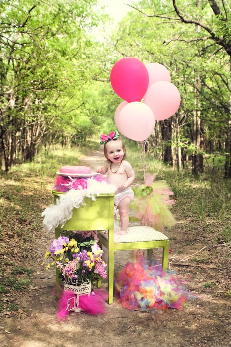 Kelly Olivares Photography Birthday Bash Session Cake Balloons