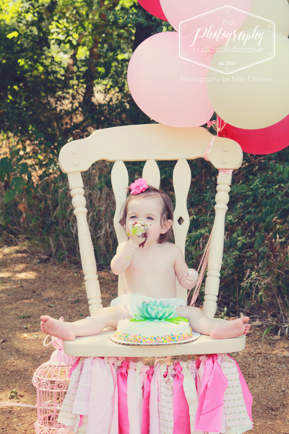 Kelly Olivares Photography Birthday Bash Cake Smash Session
