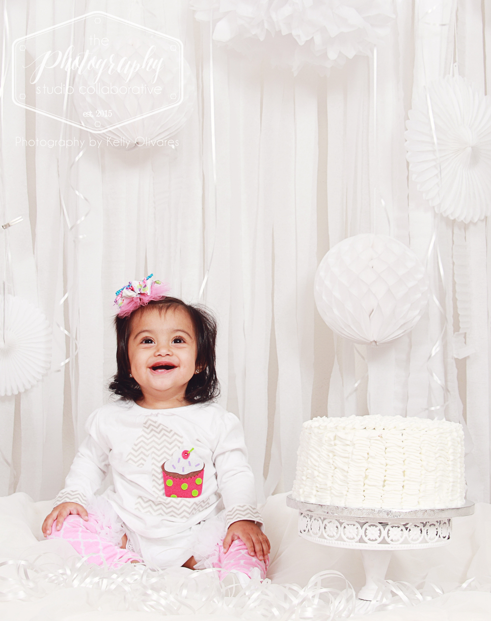 Kelly Olivares Photography White Birthday Bash Cake Smash Session