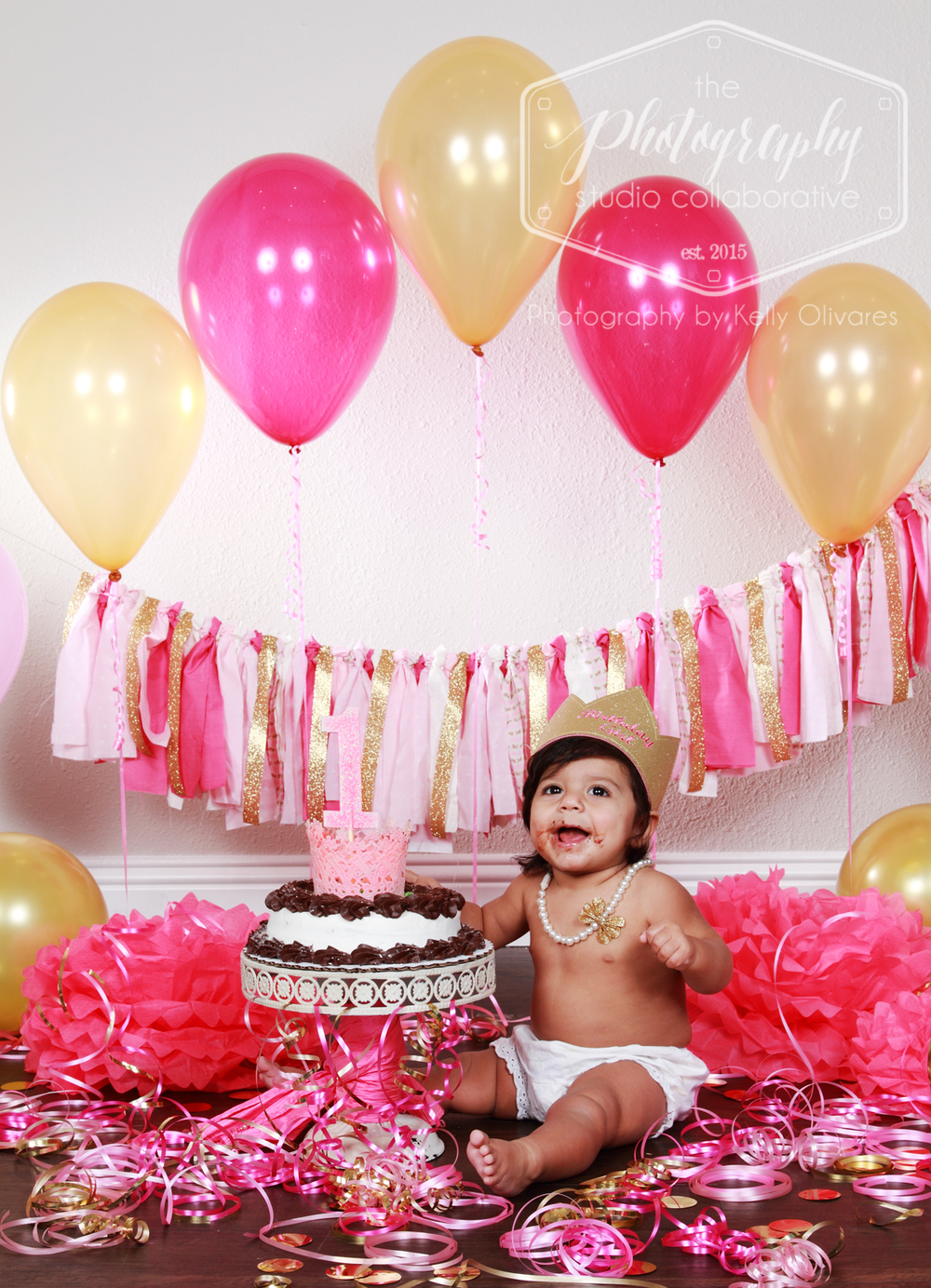 Kelly Olivares Photography Pink Gold Birthday Party Cake Smash Session