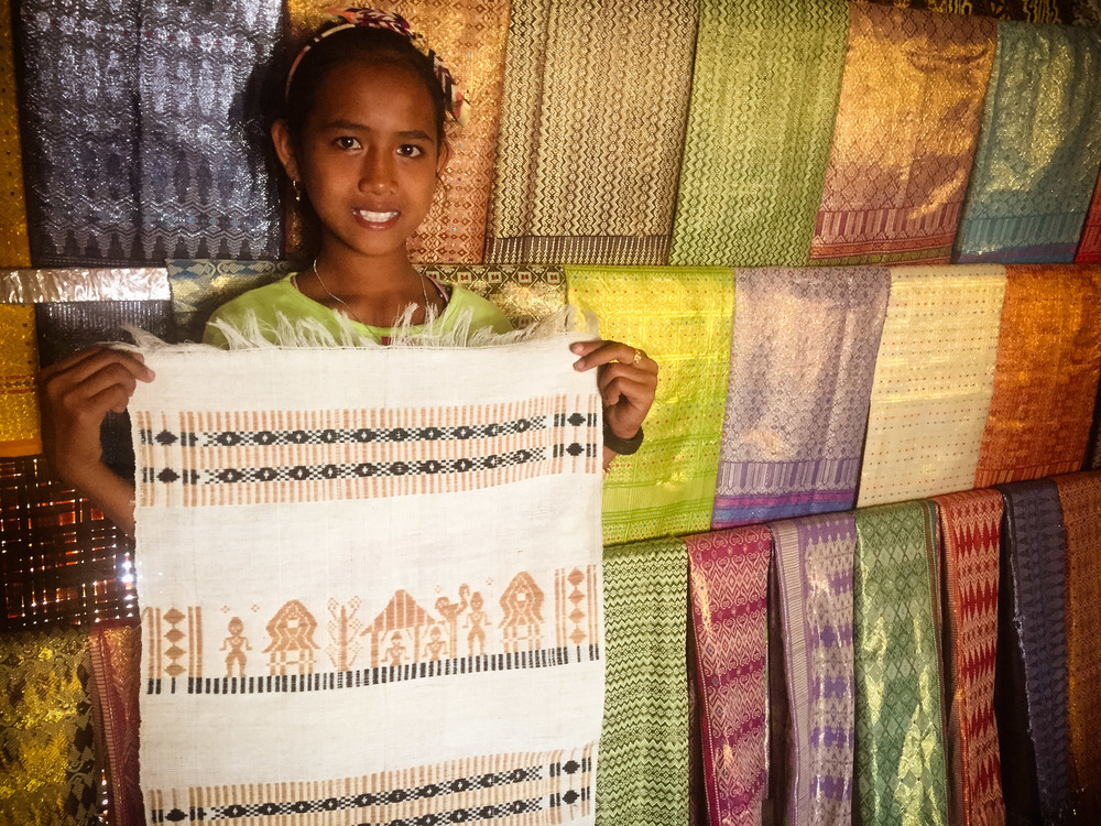 Laura and the handwoven story...