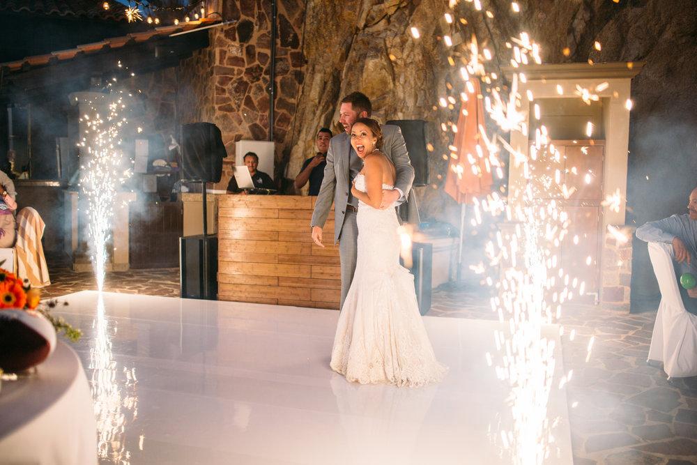 L & Y Wedding-650.jpg