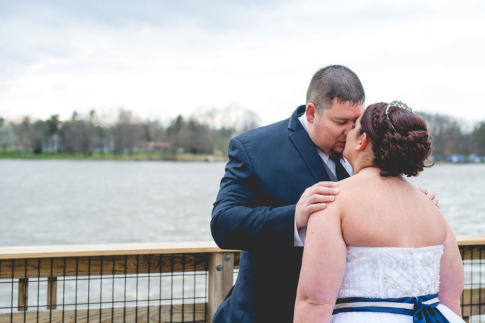 They had a simple first look by the water before starting formals and burrrr was it cold!!!