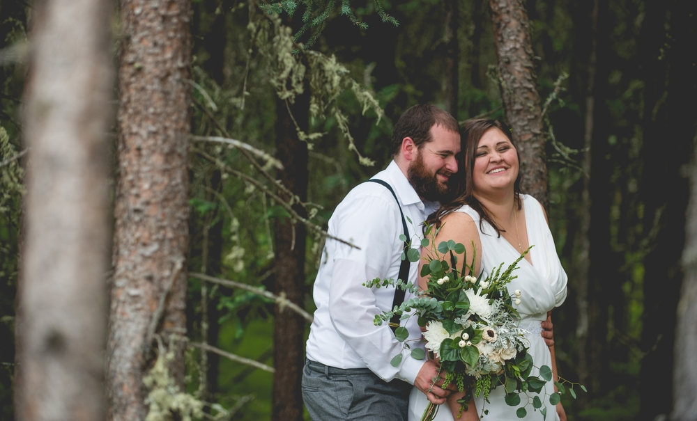 Alaska Destination Wedding Bride and Groom By Brett Loves Elle Photography, Columbus Wedding Photographers.