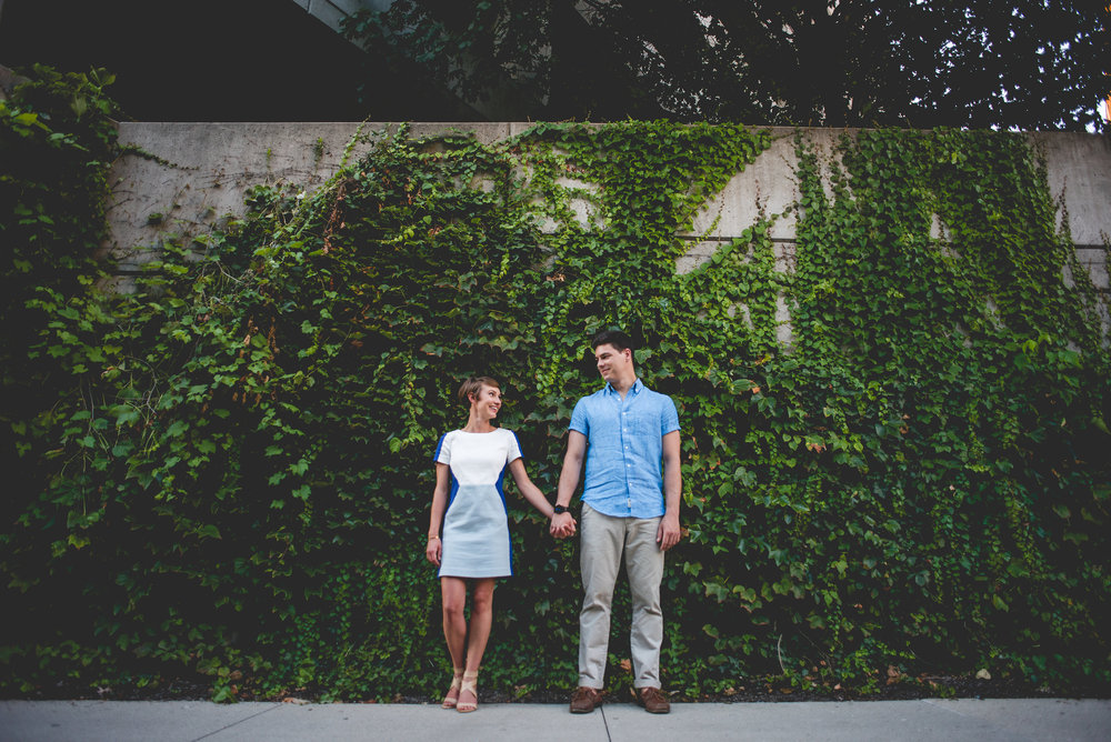 ERIN + MAC ENGAGEMENT - Arch Park/Arena District  I'm pretty sure Erin had a her makeup done for this shoot and it looked great! Plus, check out Mac rocking his khakis and dress shirt. Still casual but put together. Perfect for thier mini session! Also notice how well they coordinated without being too matchy matchy.   Check out:  erin loves mac engagement