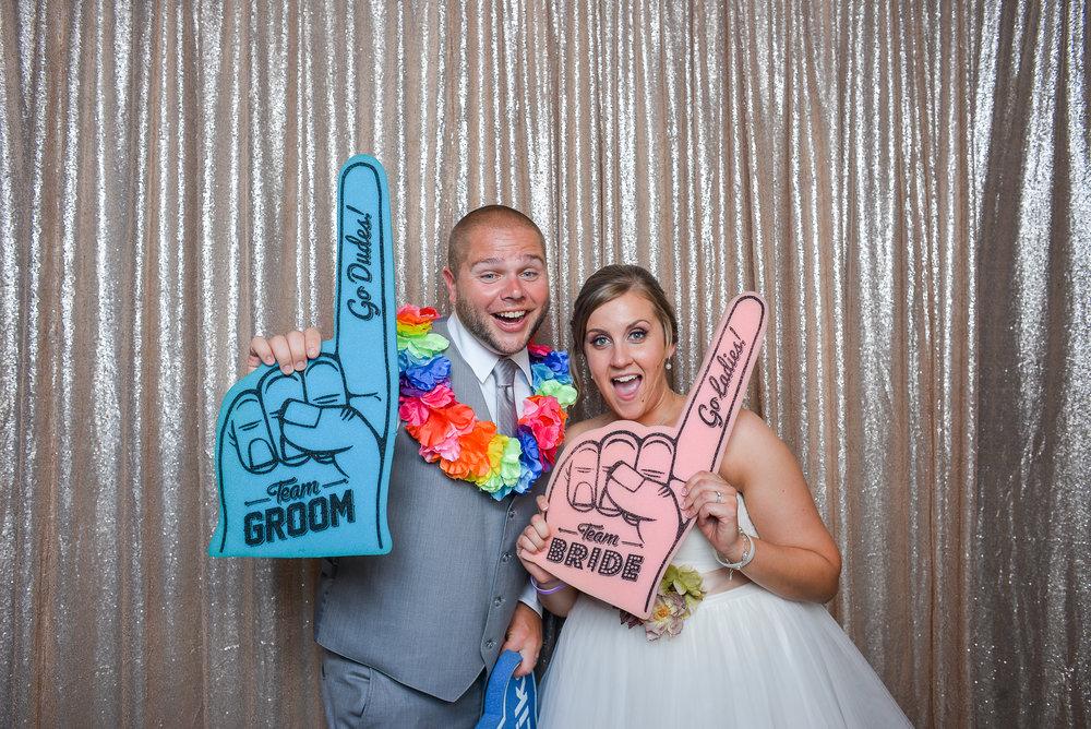 Brittney + Paul | Wedding Day | Aloha Booth | Wedding Day | Aloh