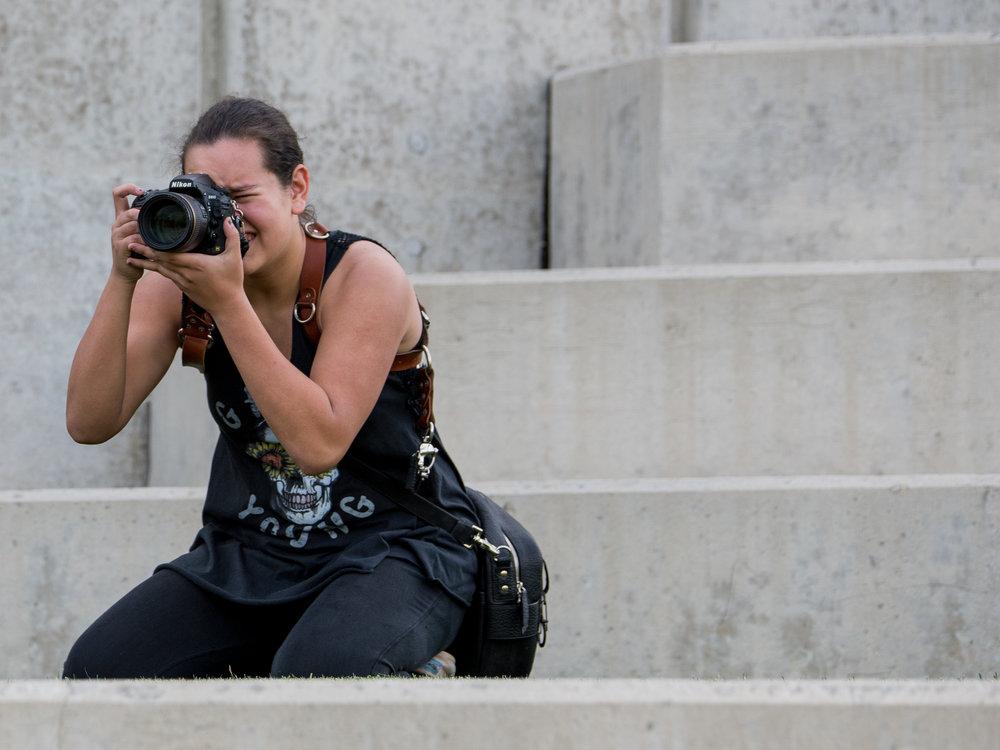 ColumbusWeddingPhotographers_ColumbusWeddingPhotography_Behindthelens-8.jpg