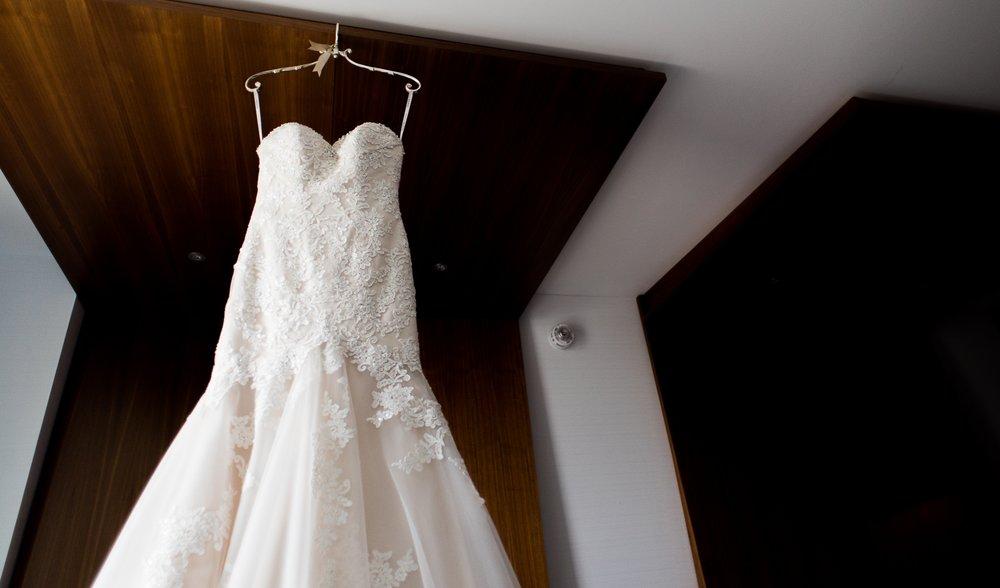 Columbus Wedding Photographer, Columbus Wedding Photography, Wedding Dress, Brett Loves Elle Photography