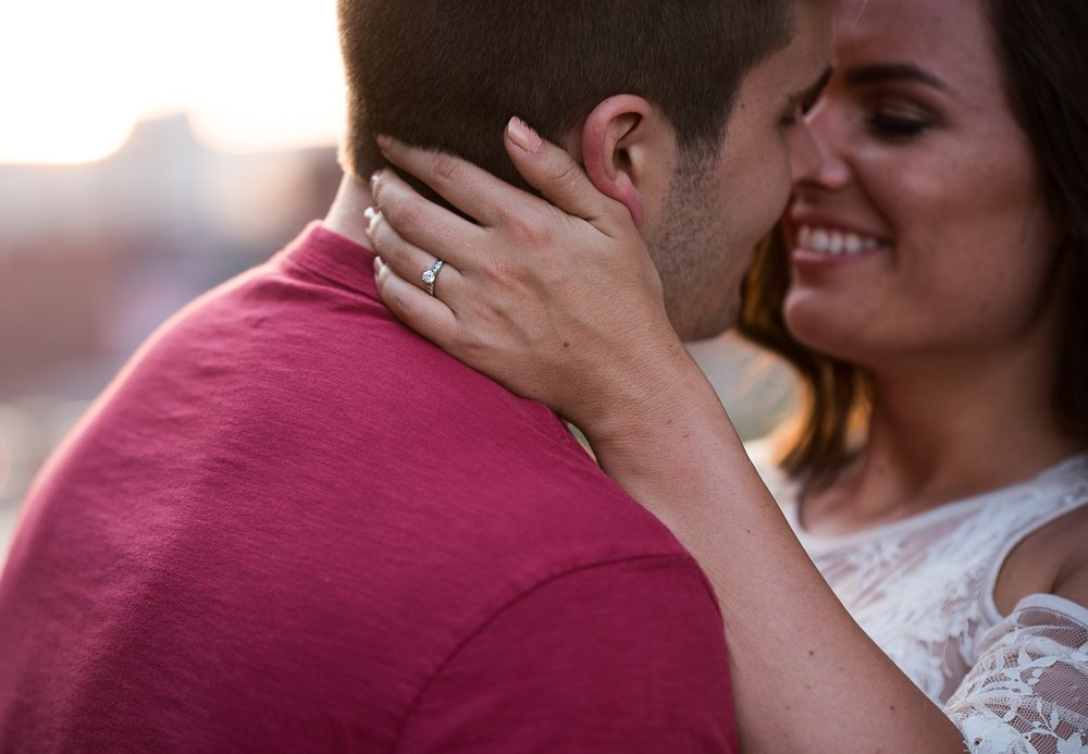 Columbus Wedding Photography_B+P_Engagement Previews_22.jpg
