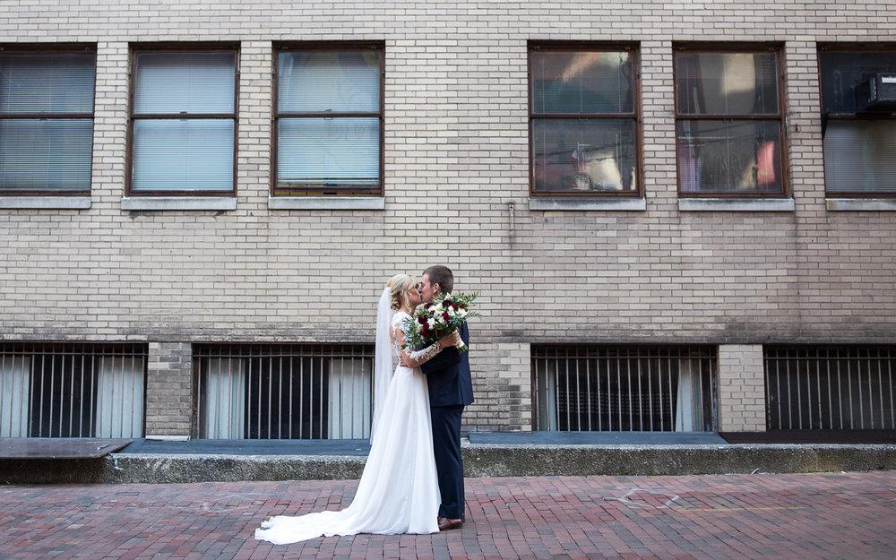 Columbus Wedding Photographer, Columbus Wedding Photography, Brett Loves Elle Photography, First Look Inspiration