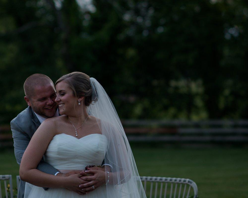 Columbus Wedding Photographers _ Brett Loves Elle Weddings_00074.jpg