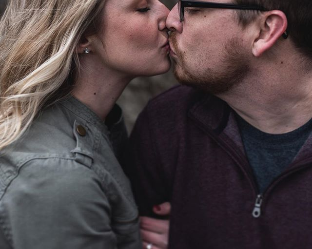 Ready for a closeup // ⠀⠀⠀⠀⠀⠀⠀⠀⠀ ‣ ‣ ‣ ‣ ‣ ‣ ‣ ‣ ‣ ⠀⠀⠀⠀⠀⠀⠀⠀⠀ ⠀⠀⠀⠀⠀⠀⠀⠀⠀ #brettlovesellephotography #engagementphotography #wedohio #ohtheheart #carefreecouples #loveandwildhearts #wildlove #radstorytellers #firstandlasts #myeverydaymagic #engagementshoot #loveintentionally #couplesofinstagram #heyheyhellomay #radlovestories #bridetobe2019 #bride2019 #couplegoals #newlyengaged #imgettingmarried #isaidyes #engagementpictures #columbusweddingphotographer #hawaiielopementphotographer #clevelandweddingphotographer #hawaiiweddingphotographer #coloradoweddingphotographer #utahweddingphotographer #destinationweddingphotographer #travelingweddingphotographer