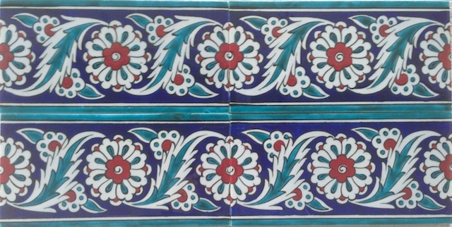 PAPATYA border scroll / two tiles x two tiles / 40 x 20cm