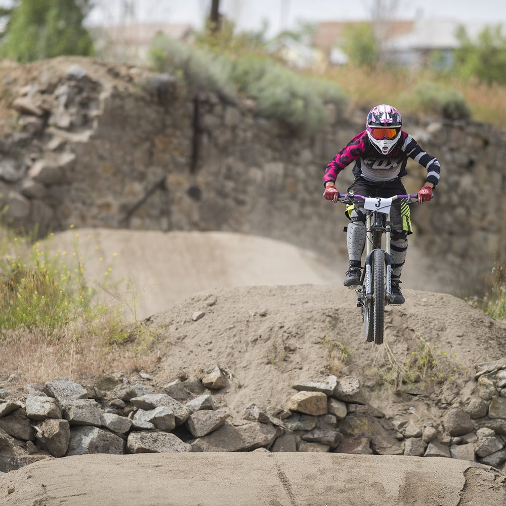 Flying down range toward Uptown. Evel Urban DH 2016. Butte. America.