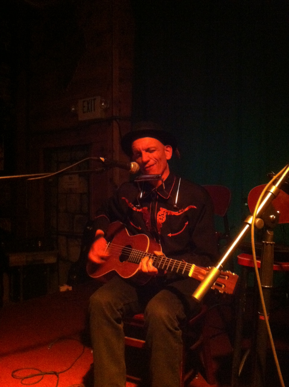 Brian Belknap at The Wolfpack Songwriters' Collective (2013) Photo courtesy of the Art Beat Foundation