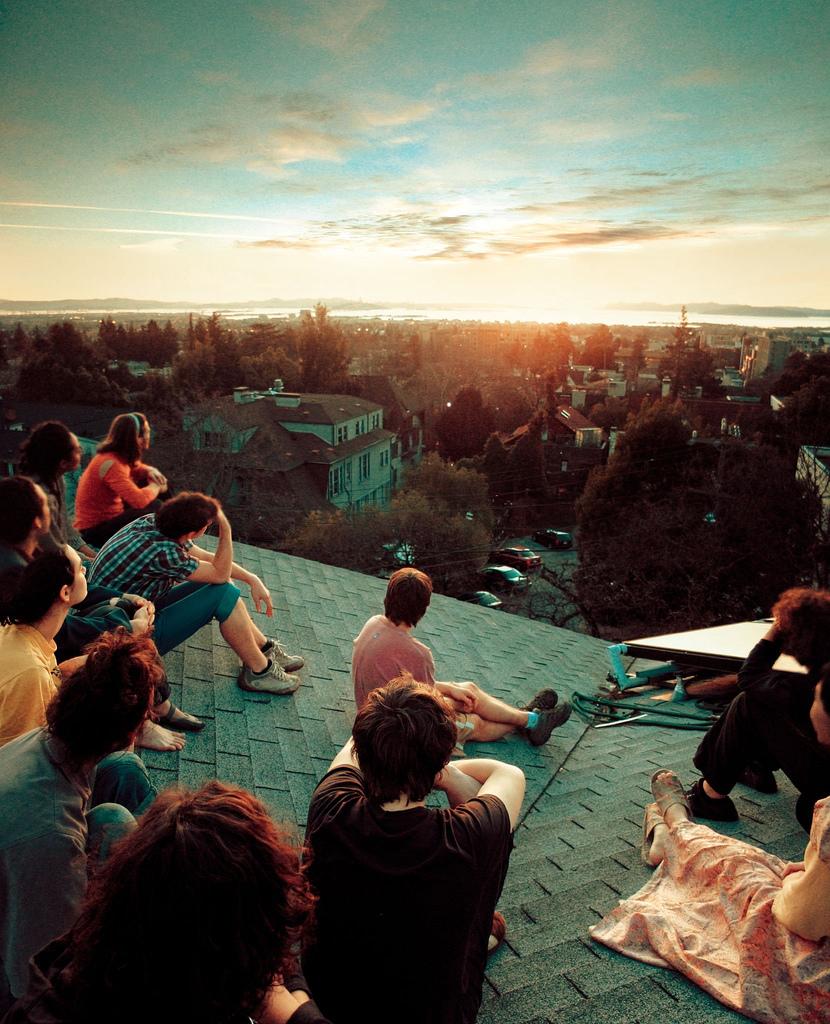 I want to be here.   (via  dazzahhhhhhhhhh)