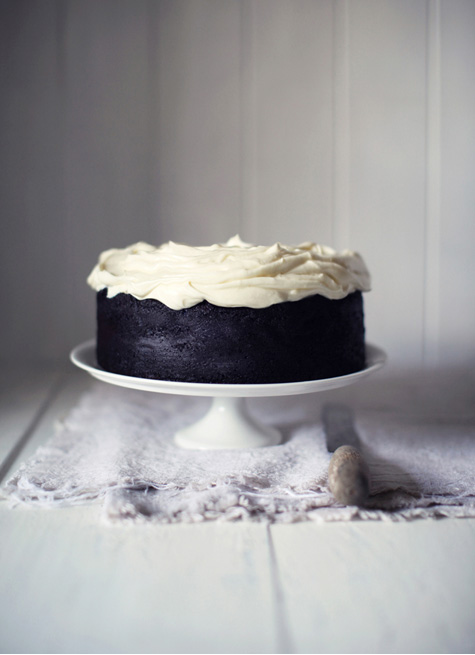 Guinness chocolate cake . Oh yes.