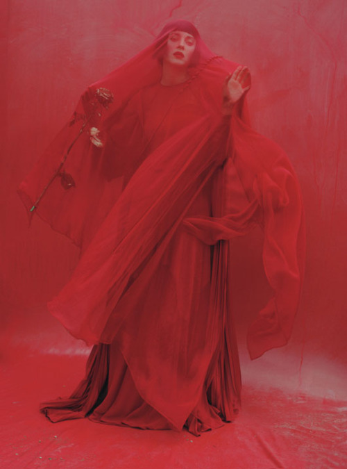 thedoppelganger :   Magazine: W December 2012 Photographer: Tim Walker Model: Marion Cotillard